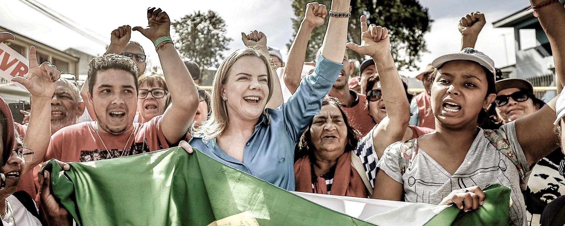 Gleisi Hoffmann - Lutamos pelo fim da desigualdade no Brasil!